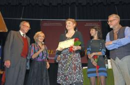 """Cecilia Randall con il libro """"Hyperversum Next"""" vince la 67° edizione del Premio Castello"""
